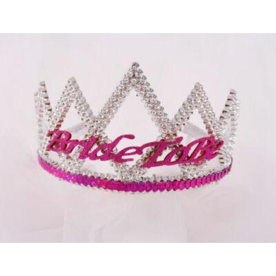 Bride to be tiara fátyollal