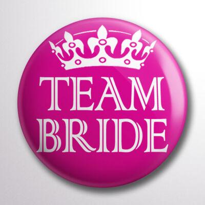 Team bride kitűző