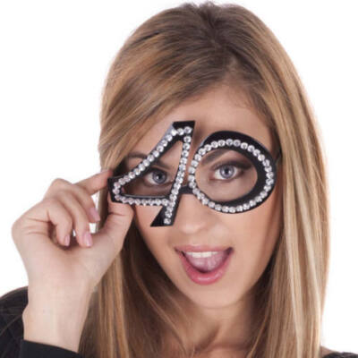 40. szülinapra fekete strasszos szemüveg