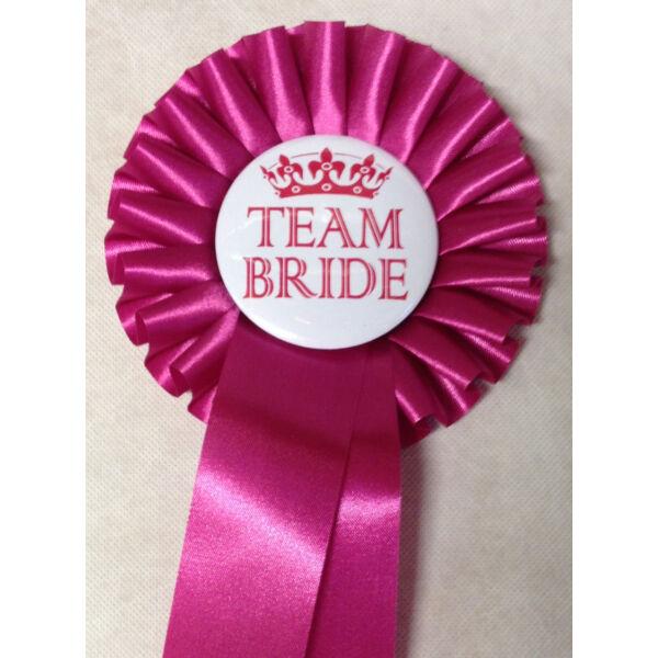 Pink szalagos team bride kitűző