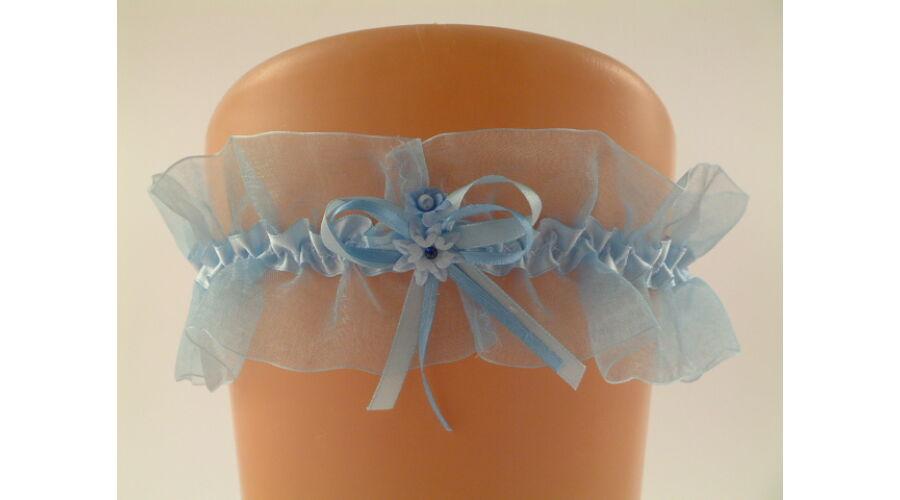 Kék organza harisnyakötő esküvőre 7eb4ff2500